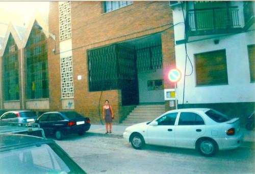 Una__chica_en_una_calle1.jpg